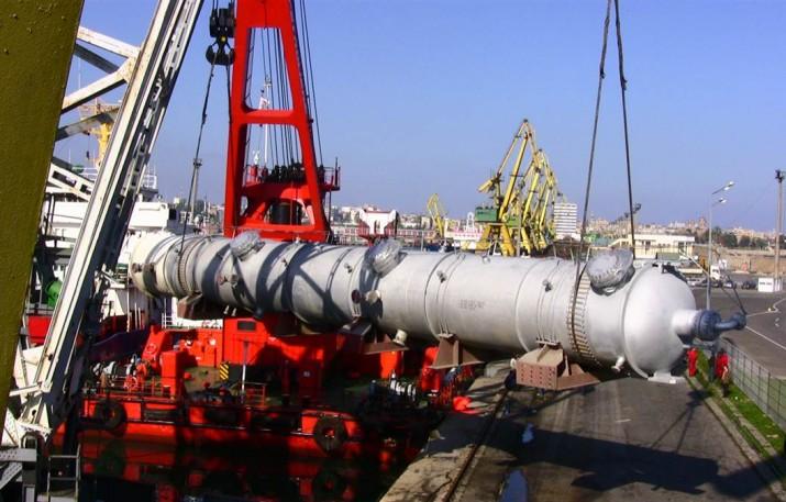 perevozka-himich-oborudov-reactor-170-tonn
